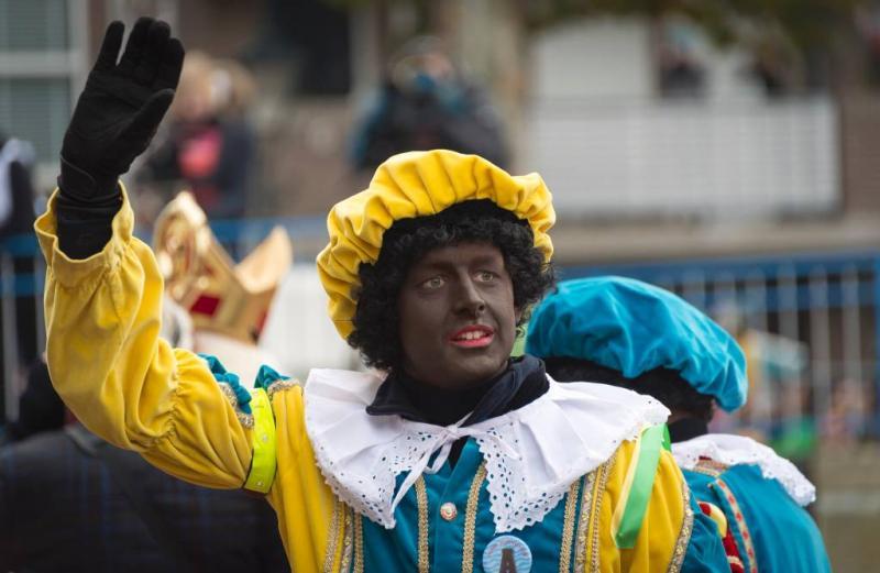 Helft Pieten in Rotterdam zwart
