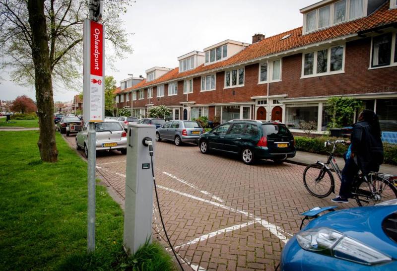 'Doel elektrische auto's wordt niet gehaald'