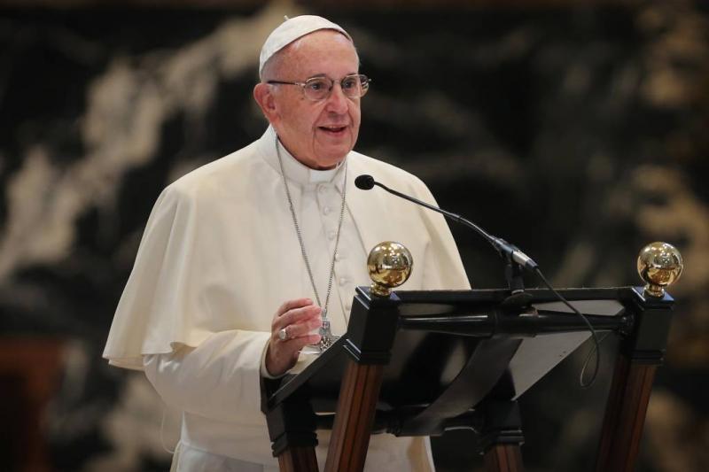 Franciscus: geen Lamborghini als pausmobiel
