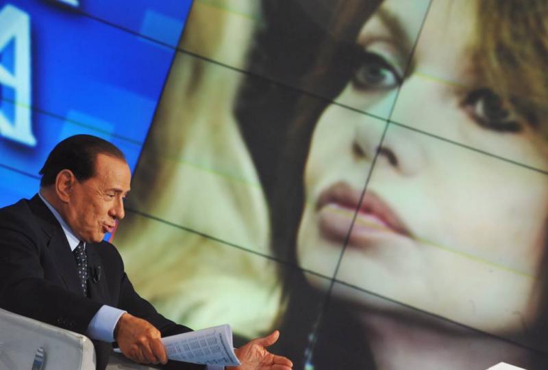 Ex moet Berlusconi 60 miljoen terugbetalen