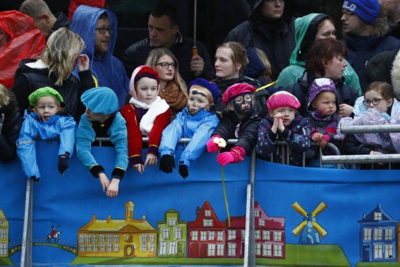 Sinterklaas arriveert in Dokkum
