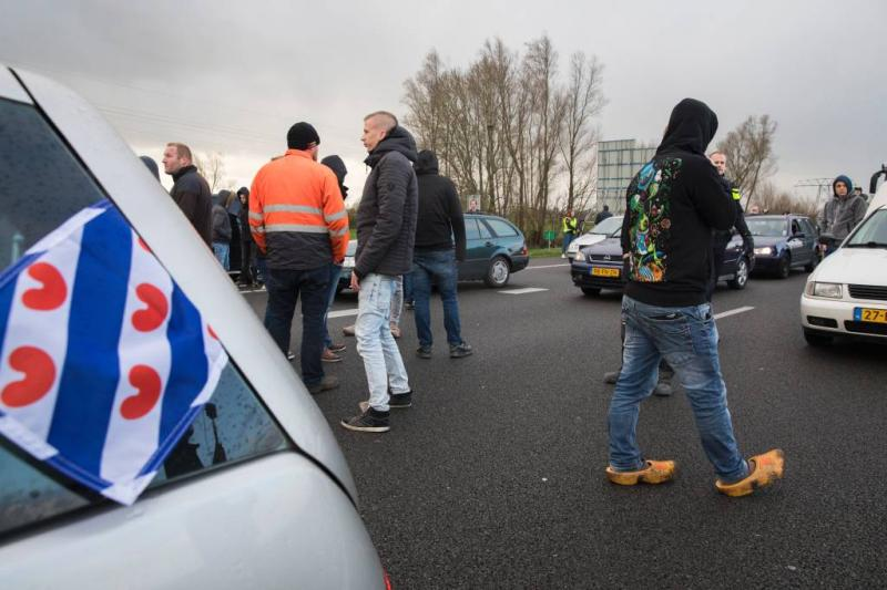 20.000 euro voor snelwegblokkeerders Dokkum