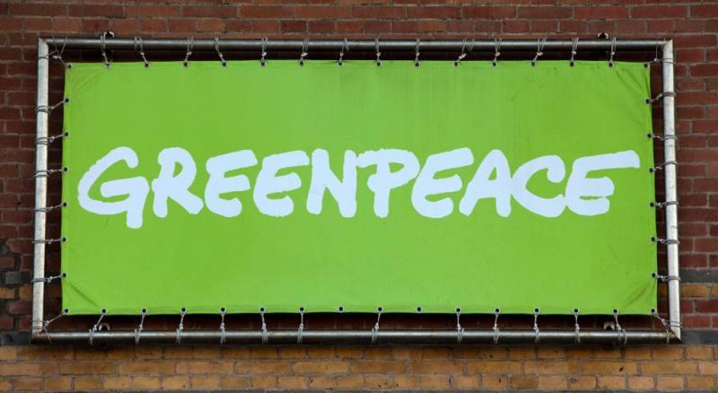 Greenpeace laakt 'groene illusie' Coca-Cola