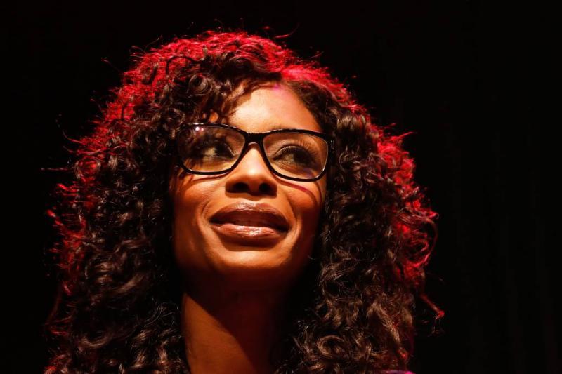 Aangifte Sylvana Simons na bezoek Zwarte Piet