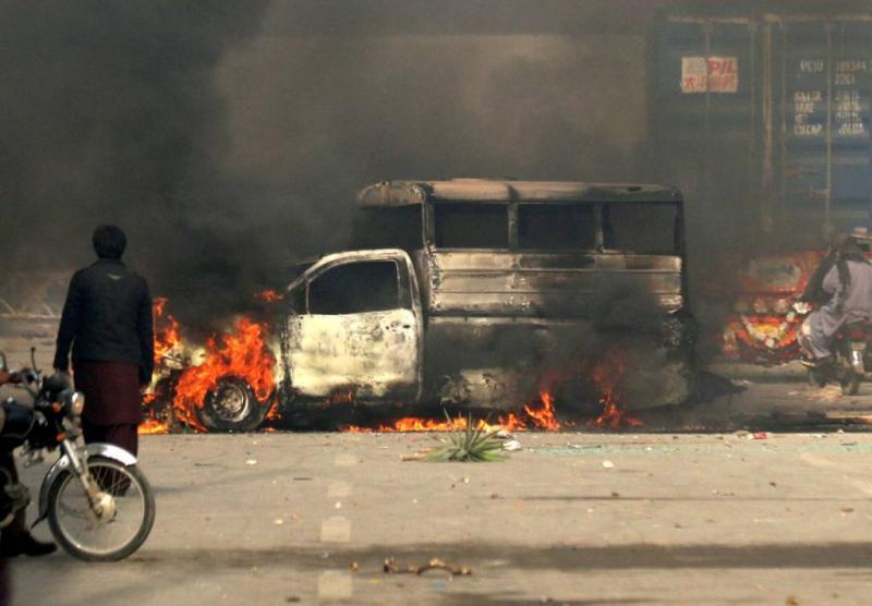 Doden bij actie tegen protesten Pakistan
