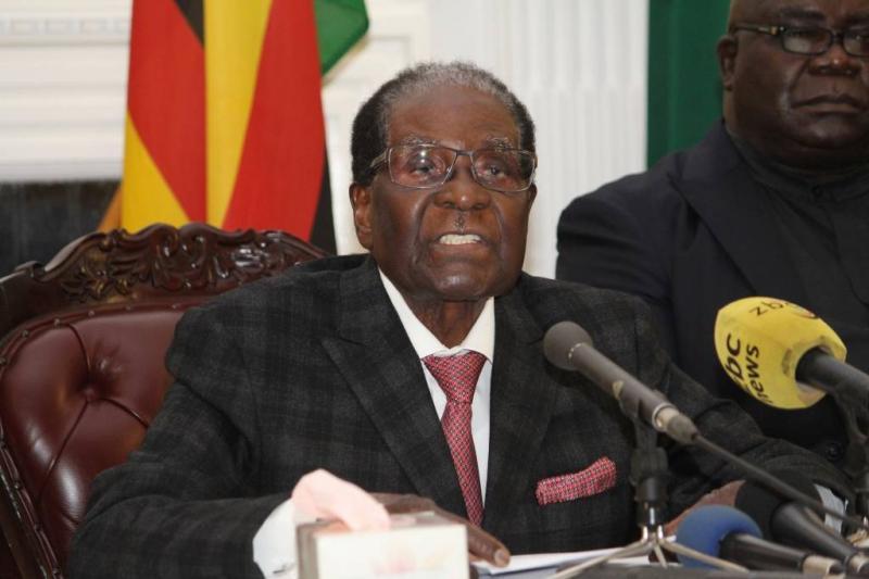 'Gouden handdruk van 10 miljoen voor Mugabe'