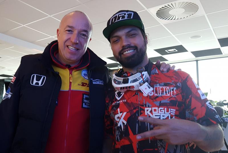 Gear.Club Unlimited - Tom Coronel en Vince Irie