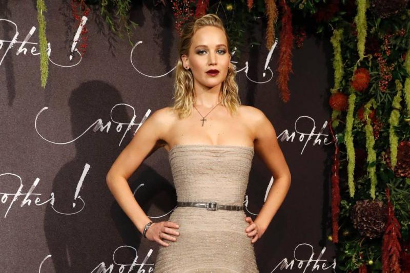 Jennifer Lawrence onbeschoft tegen fans