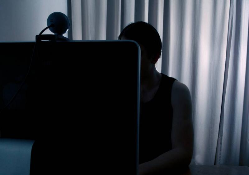 Zweed krijgt 10 jaar voor onlineverkrachting
