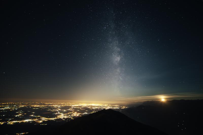 Komende week veel vallende sterren te zien (Foto: SplitShire)