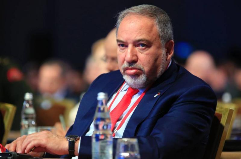 Minister Israël wil boycot winkels Arabieren