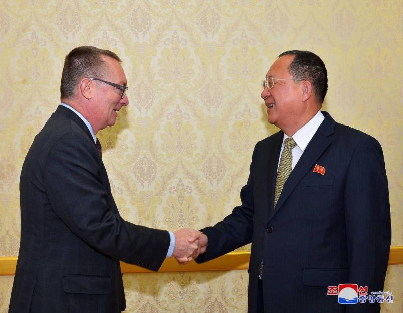 'Deur op een kier voor Noord-Korea'
