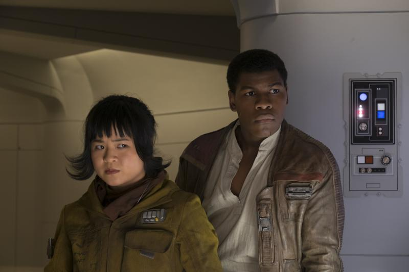 Star Wars: The Last Jedi Rose en Finn