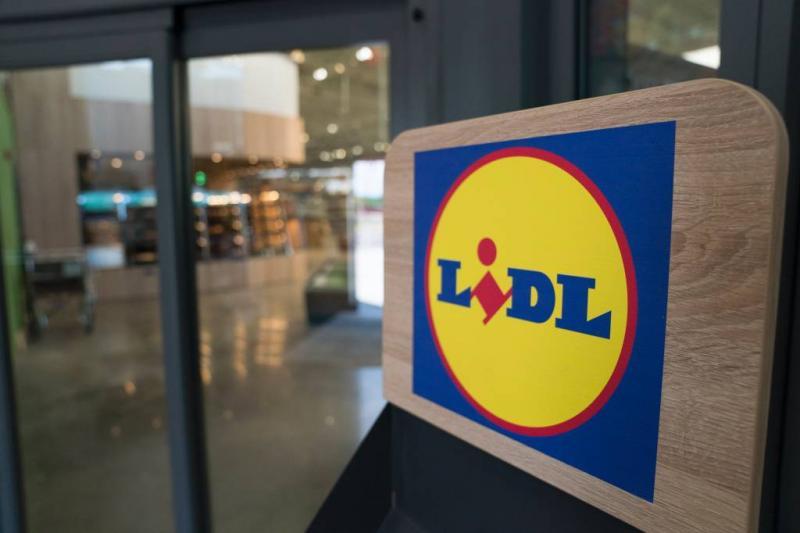 Lidl stopt verkoop vuurwerk aan klant onder 16