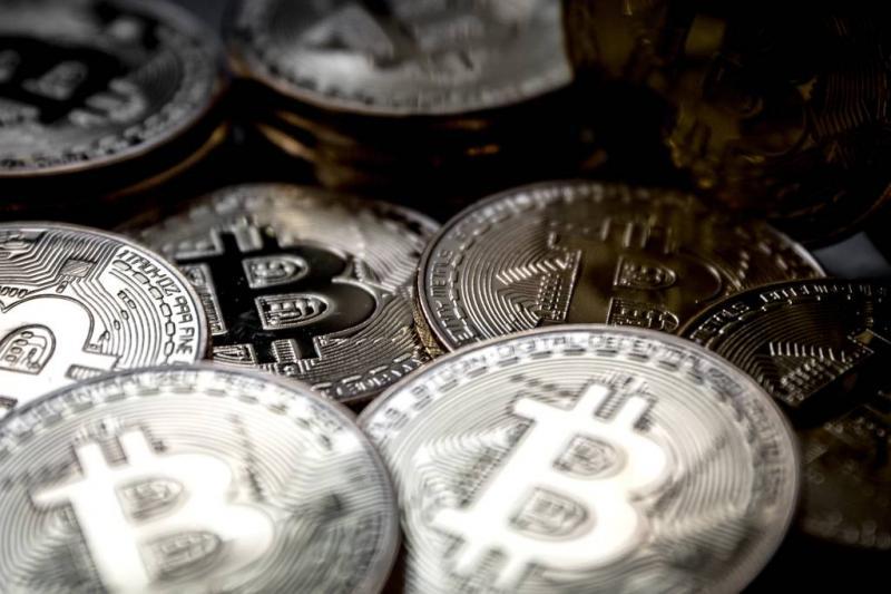 Bitcoin danst rond de 20.000 dollar