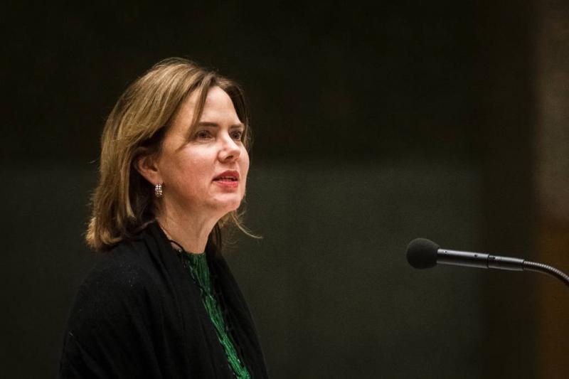 Minister blijft bij geplande opening Lelystad