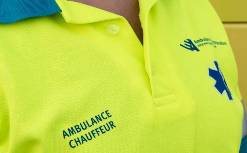 Almeloër belaagt ambulancemedewerker