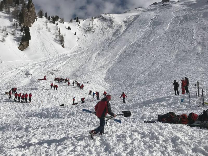 Lawines en lawinegevaar in zuiden Zwitserland