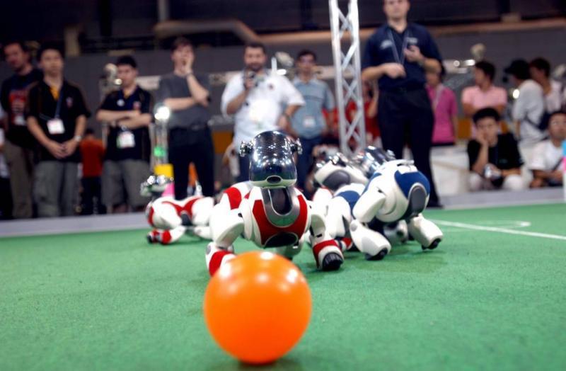 Nieuwe robot-hond van Sony