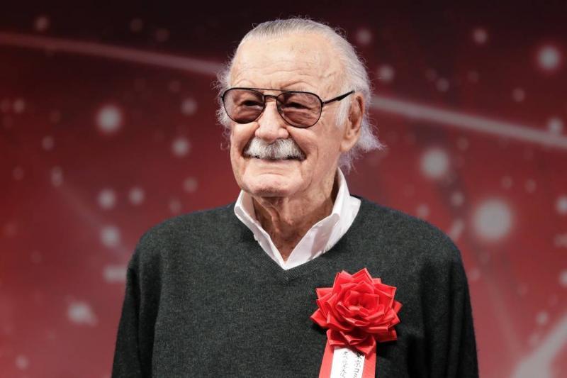 Stan Lee beschuldigd van betasten verpleging