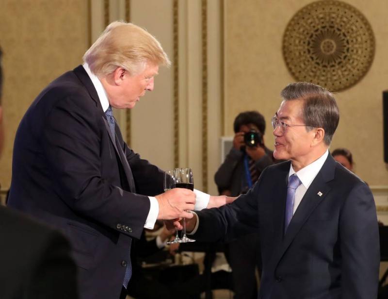 Trump: op 'gepast moment' praten met N-Korea