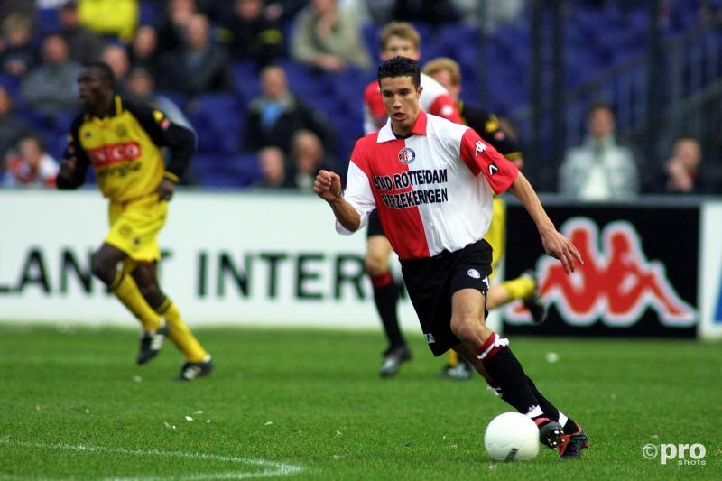 Robin van Persie zou na de winterstop zomaar voor Feyenoord kunnen spelen (PRO SHOTS / Stanley Gontha)