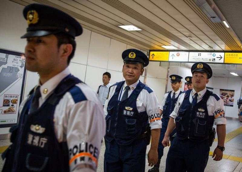 Honderden Japanners 15 uur vast in trein