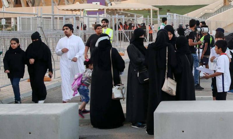 Saudische vrouwen voor het eerst bij voetbal