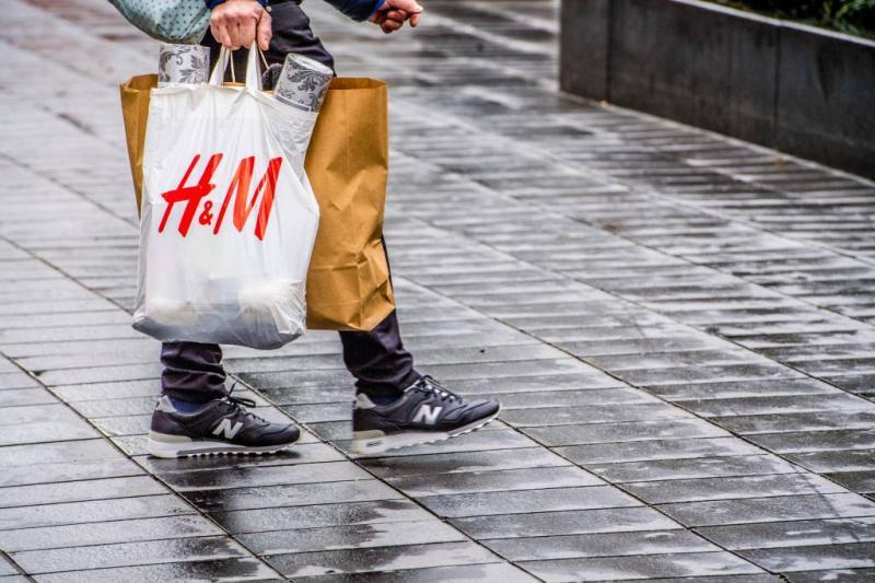 H&M sluit winkels Zuid-Afrika om protesten
