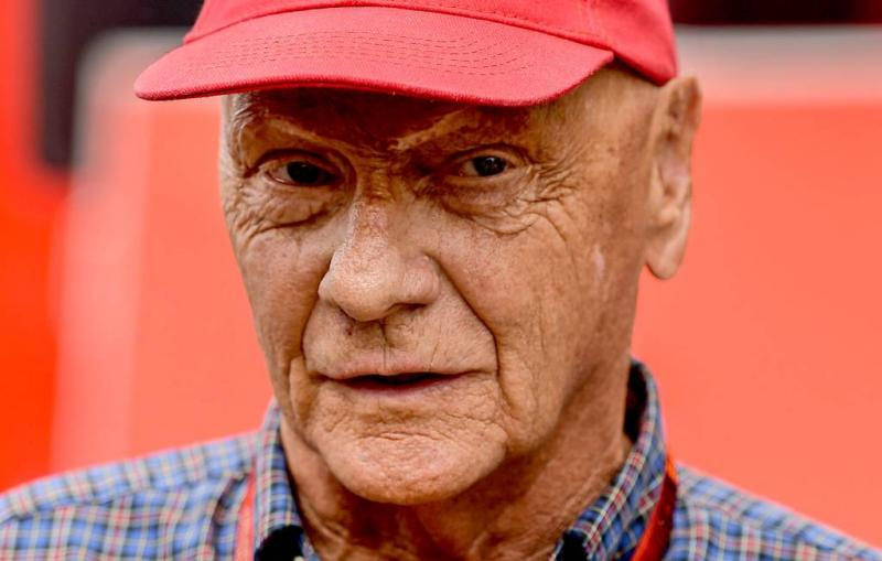 Ex-racer Lauda wil vliegmaatschappij Niki