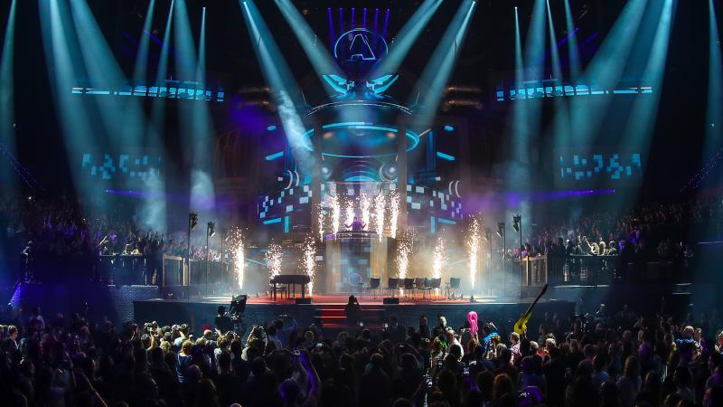 Armin van Buuren opent Vrienden van Amstel LIVE! (Foto: Rutger Geerling)