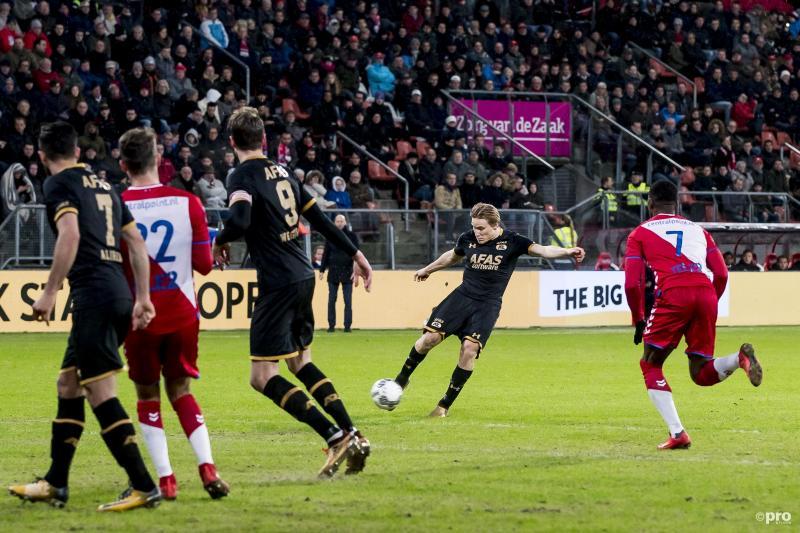 Svensson maakte van afstand de 0-1 (Foto: Pro Shots/Joep Leenen)