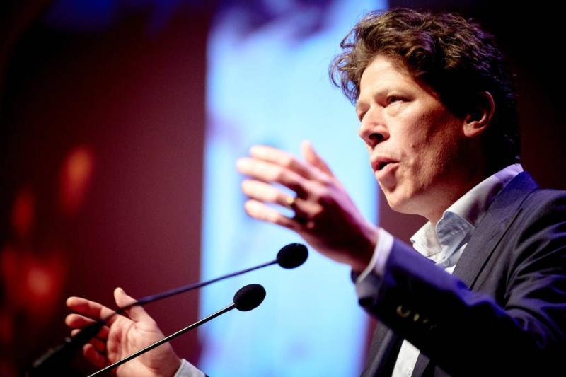 PvdA-politicus op belastingvisite bij Bono