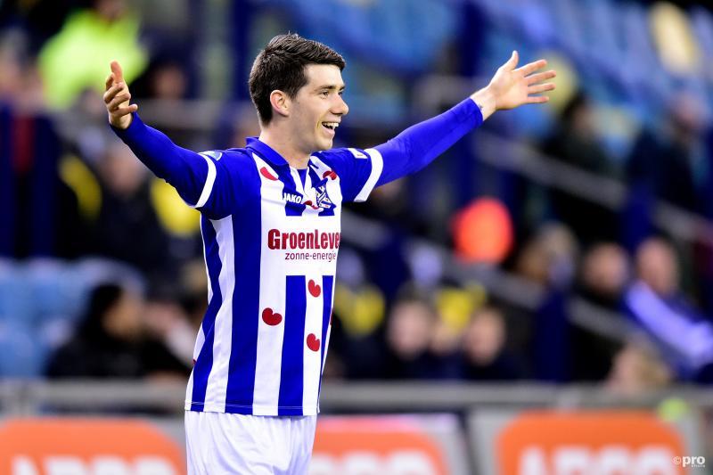 Van Amersfoort viert de schitterende gelijkmaker tegen Vitesse (Foto: Pro Shots/Nico Brekelmans)