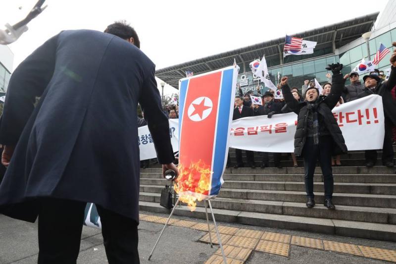 Betoging tegen Olympische delegatie Pyongyang