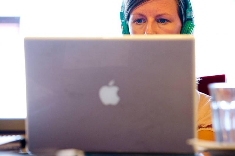 'Mensen overschatten zich online'
