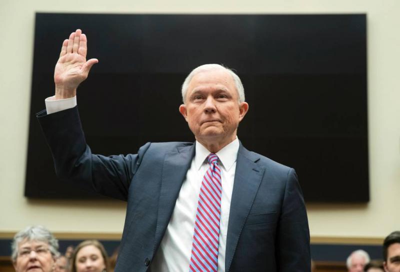 Minister VS ondervraagd over inmengen Rusland