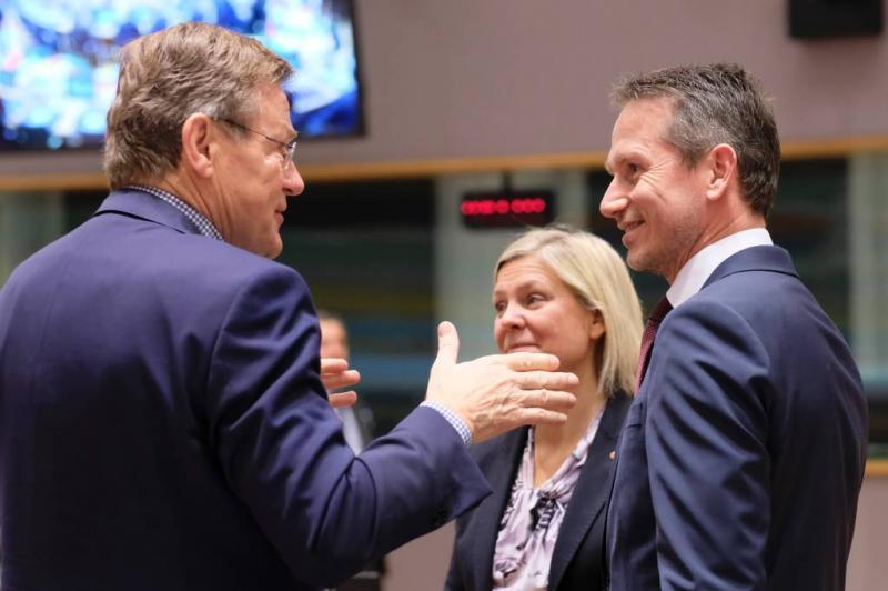 EU schrapt acht belastingparadijzen van lijst