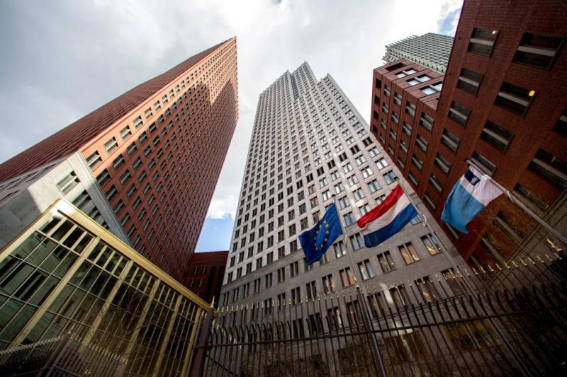 'Haagse politici kregen 20 miljoen wachtgeld'