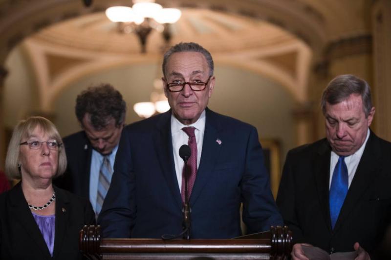 Democraten trekken steun voor grensmuur in