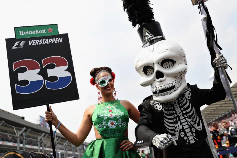Geen gridgirls meer in de Formule 1 (Foto: Red Bull)