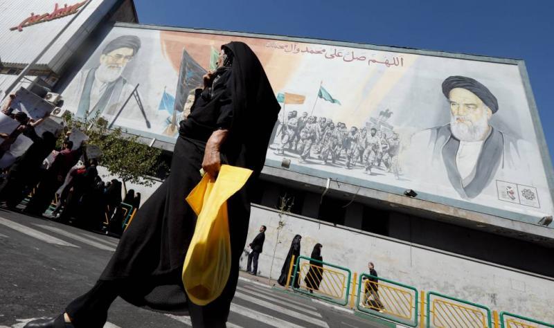 Weerstand tegen hoofddoek groeit in Iran