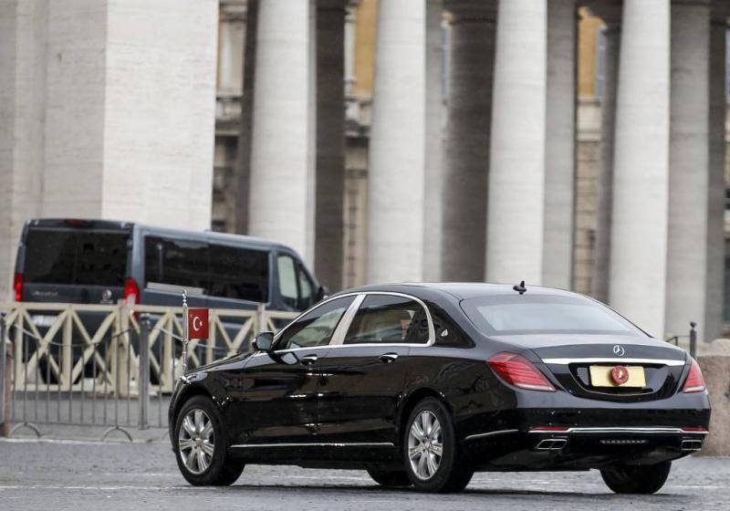 Erdogan bezoekt paus