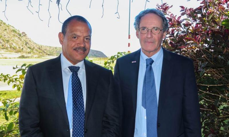 Nieuwe regeringscommissaris Sint Eustatius beëdigd (Foto: Rijksoverheid.nl)