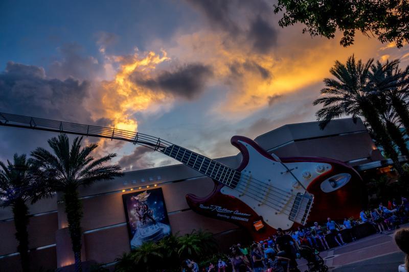 Rock 'n Rollercoaster in Orlando, Florida (foto: Danny Roodbol)