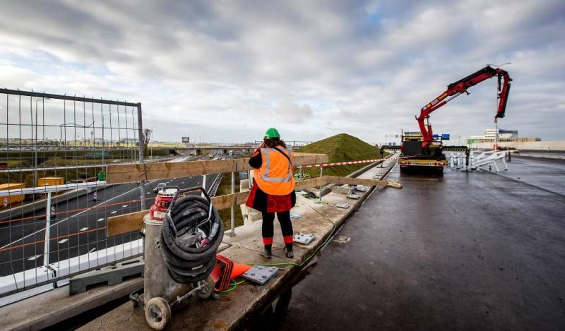'Kennis Nederlands verplicht op bouwplaats'