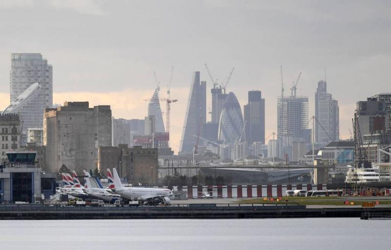 Bom weggehaald, luchthaven Londen weer open