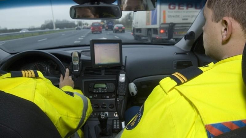 Politie haalt 'wegmisbruikers' van de weg (Foto: Politie.nl)
