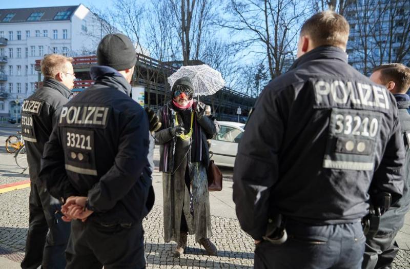 Politie Berlijn laat tienduizenden zaken lopen