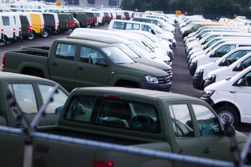 Corruptieverdachten aankoop auto's horen straf